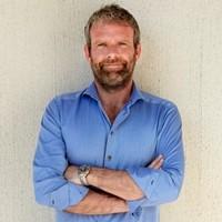 Peter Andersen hjælper på forskellige specialområder